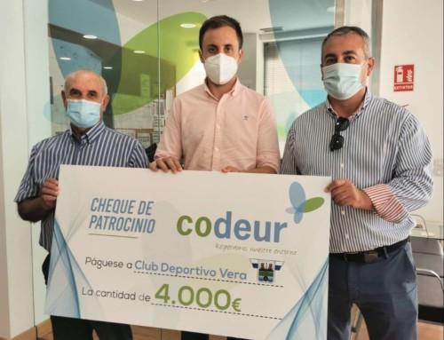 Codeur muestra su compromiso con el municipio de Vera con un patrocinio de 4.000€ al C.D. Vera